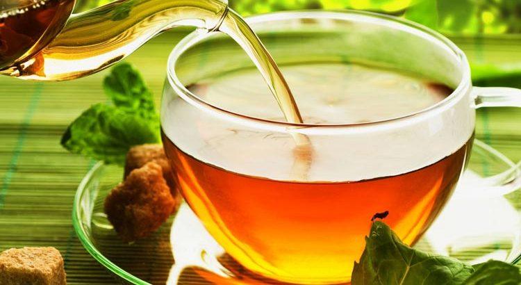 Tasse Tee Augentrost