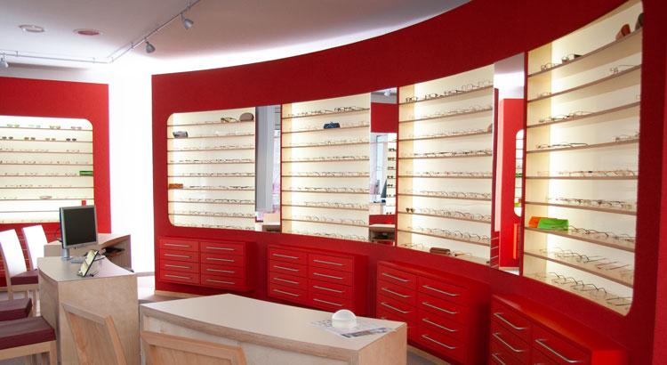 Modernes Brillensortiment Augenoptik Schneider Halberstadt